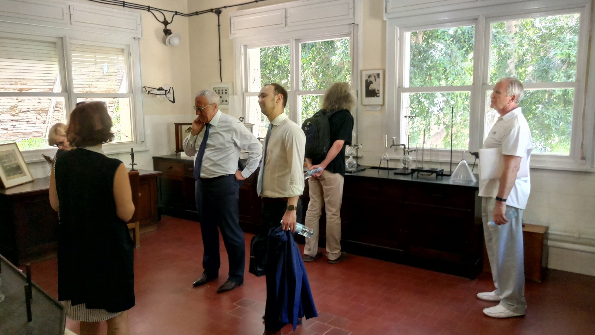 The Skoltech delegation visits the historic laboratory of Chaim Weizmann, the first president of Israel and founder of the Weizmann Institute of Science.