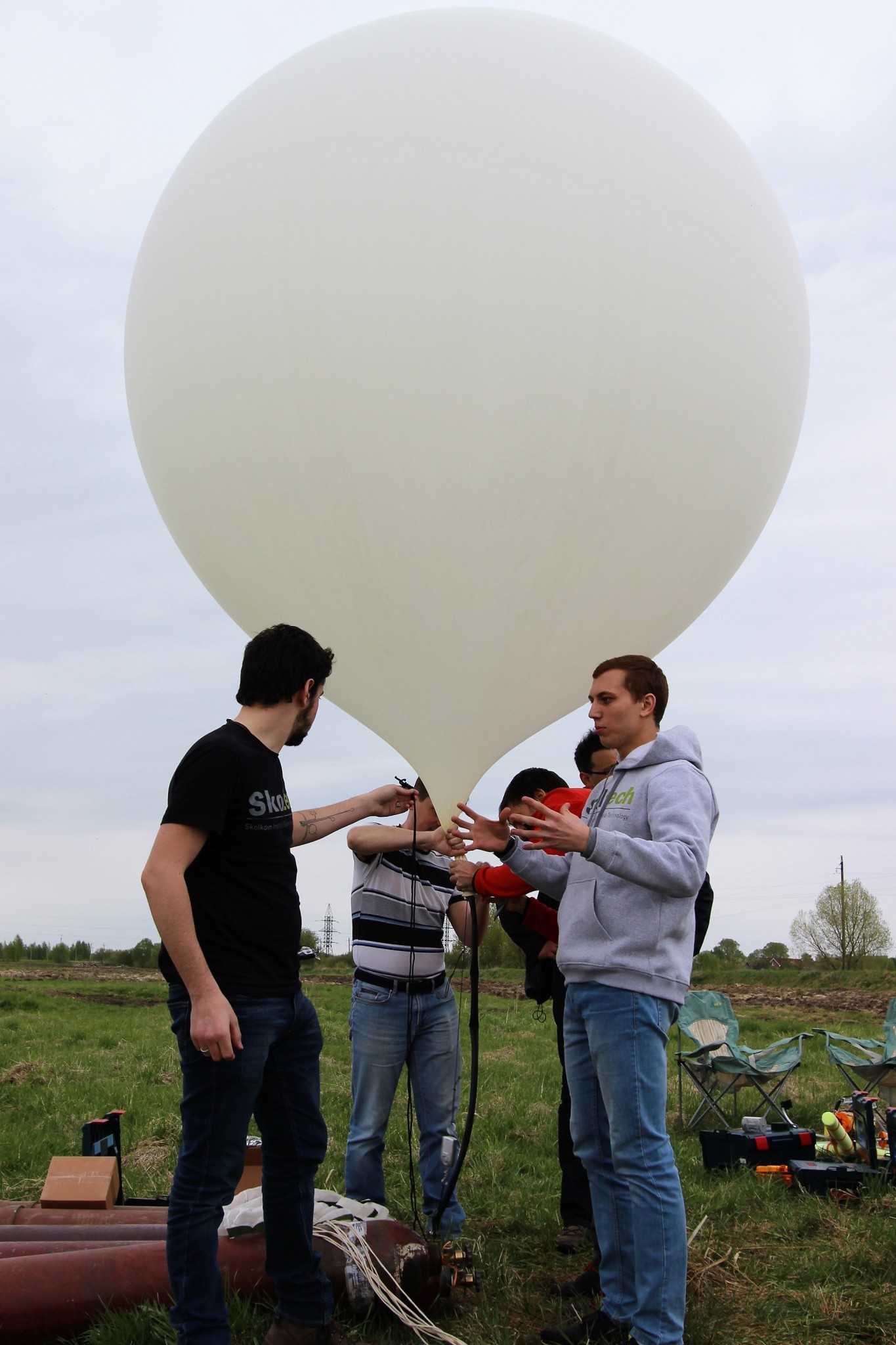 The students prepare for liftoff. Photo: Skoltech.