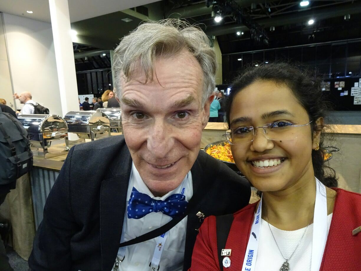 Skoltech MSc student Shreya Santra takes a selfie with iconic American television host Bill Nye the Science Guy at the 68th International Astronautical Congress (IAC) in Adelaide, Australia. Photo: Shreya Santra // Skoltech.