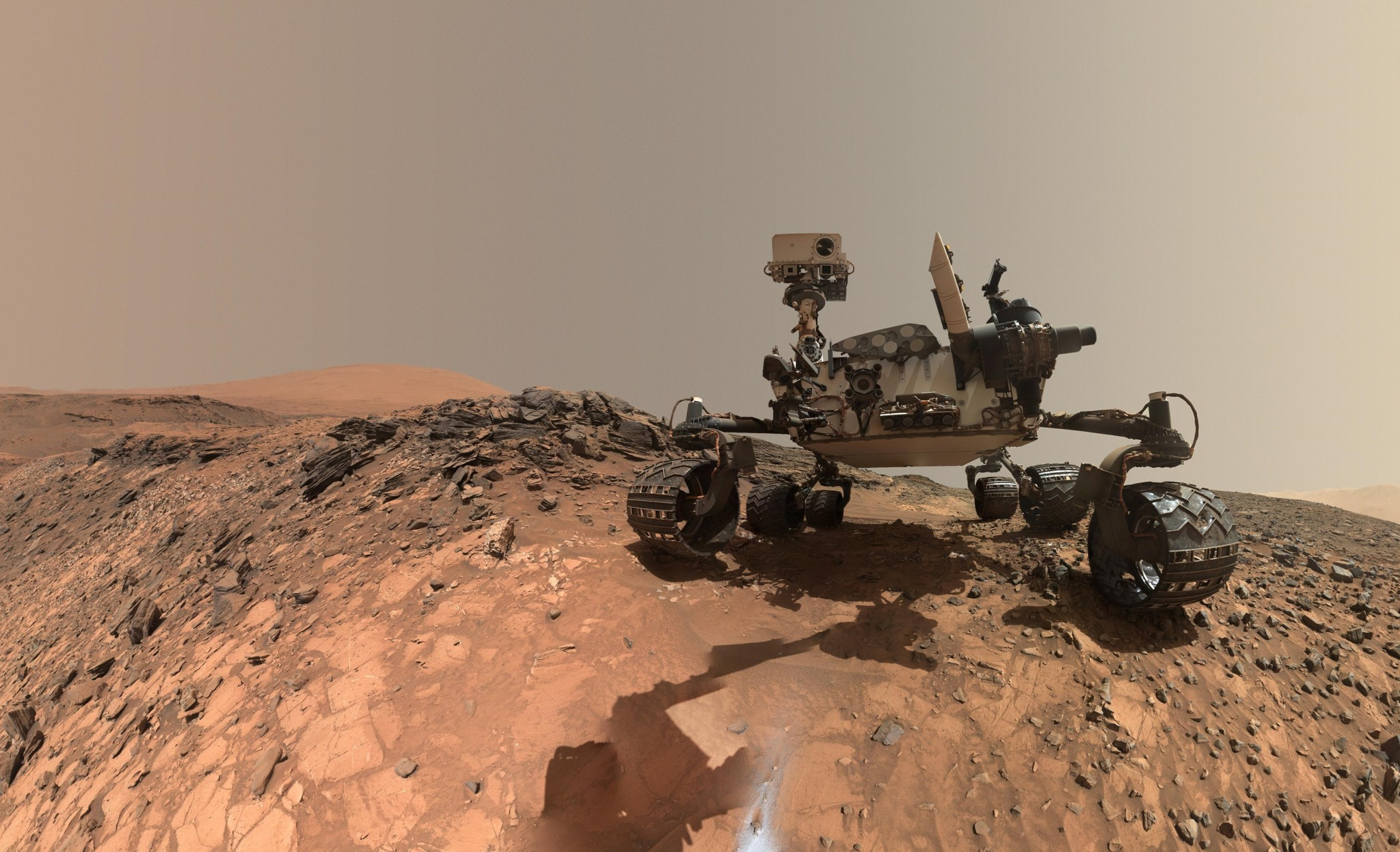 A selfie snapped my NASA's Curiosity Rover, which is currently wandering the barren planes of Mars. Photo: NASA.