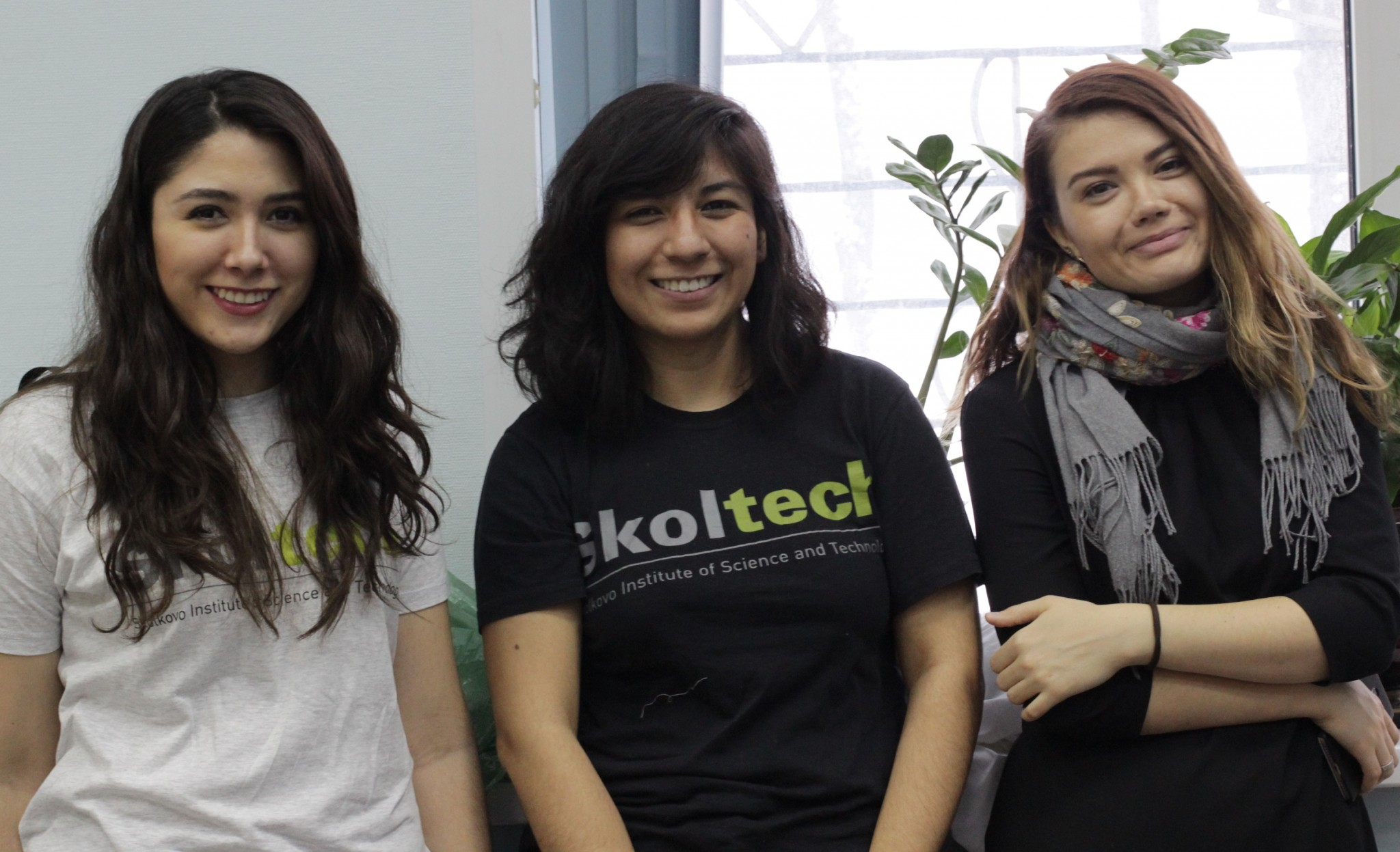 Skoltech students (from left) Grecia Diaz, Laura Elidedt-Rodriguez and a friend on the sidelines of the science fair. Photo: Skoltech.