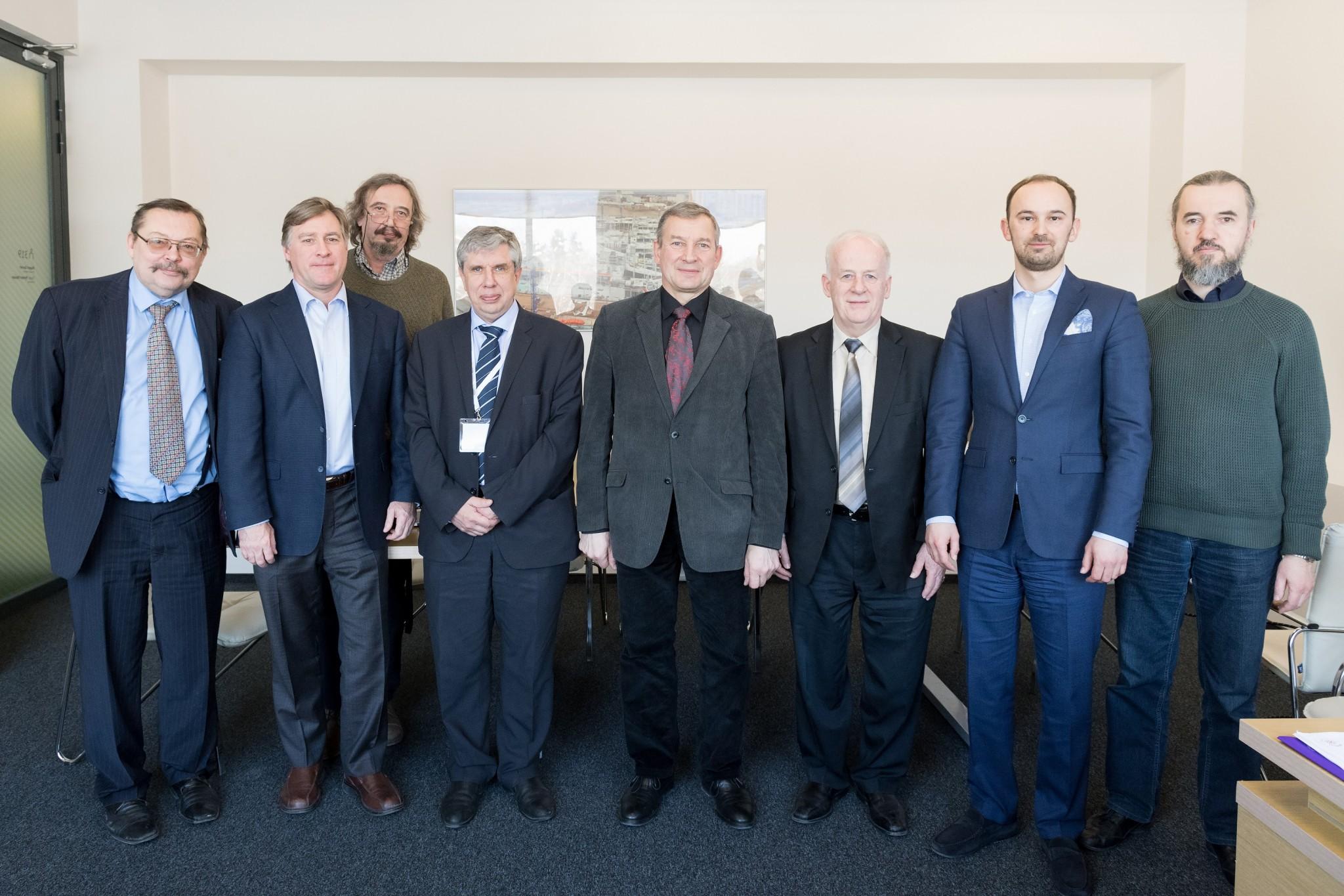 The LAS and Skoltech delegations. From left: Andris Vilcāns, Keith Stevenson, Yuri Kotelevtsev, Alexey Ponomarev, Ojārs Sparītis, Clement Fortin, Alexander Safonov and Mikhail Skvortsov. Photo: Skoltech.