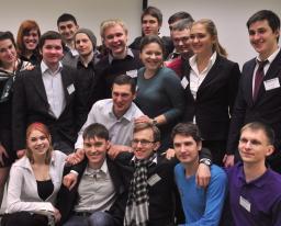 10.01.13 Students-presenting-Victor-Vekselberg