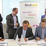 Signing of contracts for partnership of Composites CREI between Skoltech CREIs and Delft TU (from right): Zafer Gürdal, Director of the Skoltech Center for Composites; Mats Nordlund, Skoltech's Vice-President for Research; Dirk Jan van den Berg, The President of TU Delft