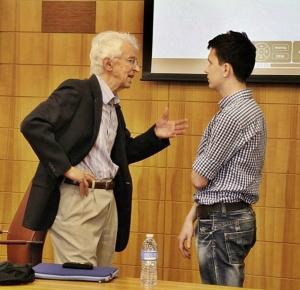 Сергей Касаткин (справа): в момент вдохновения в Стэнфорде