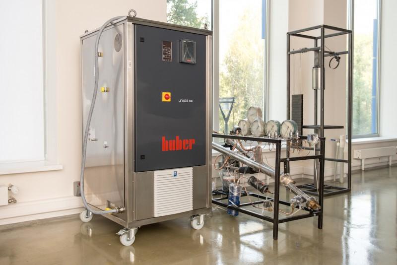 DSC_9901 термостат, созданный по заказу в Германии; тепловой насос; установка для нанесения гидрофобных покрытий 
