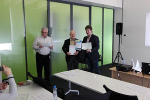 Certificate presenting