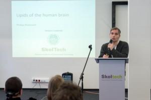 Skoltech Prof. Philipp Khaitovich presents project CoBrain.