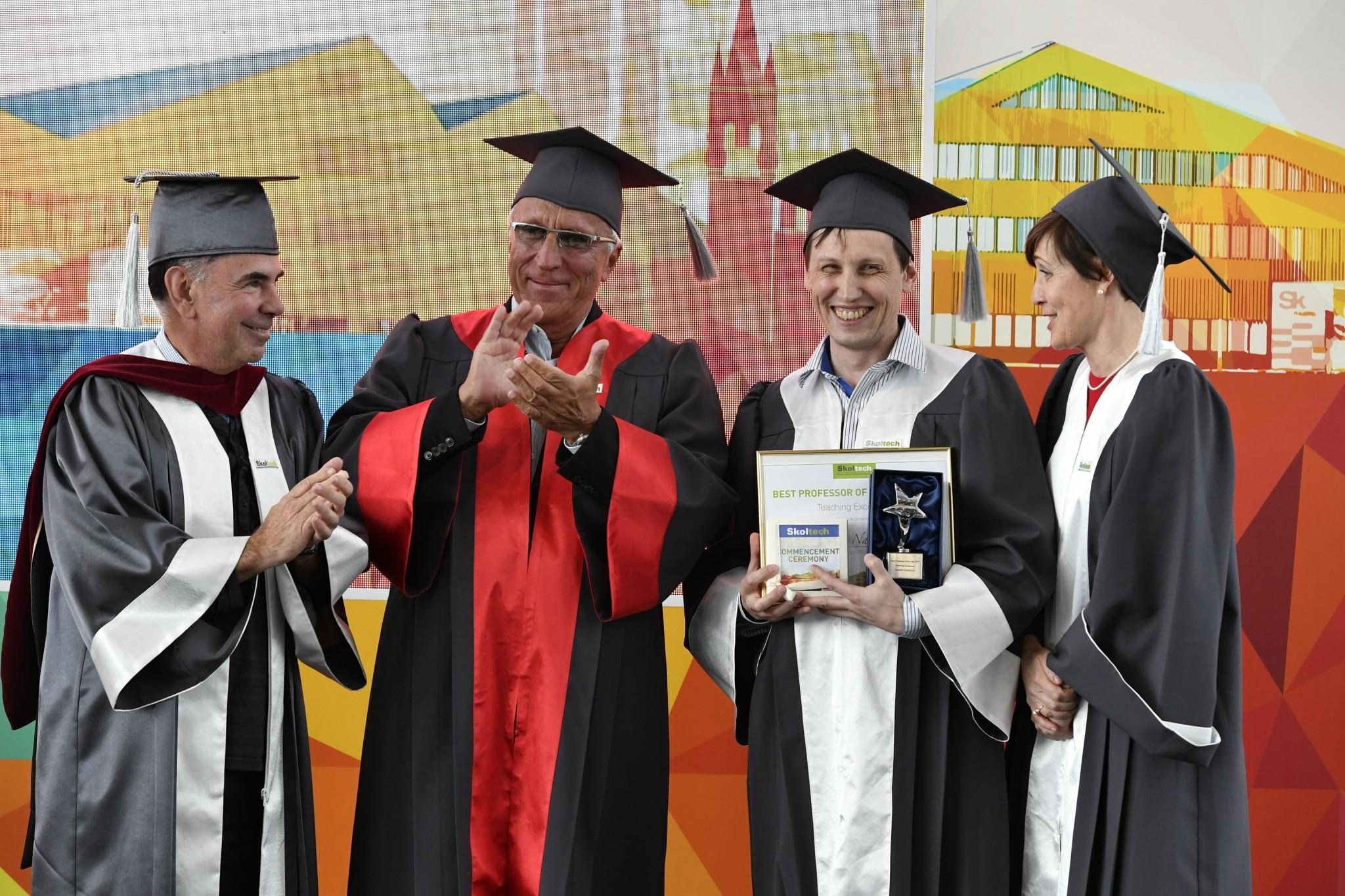 From left: Skoltech Founding President Crawley, Skoltech President Kuleshov, Professor Nasibulin and Dean of Education Derevnina. Photo: Skoltech