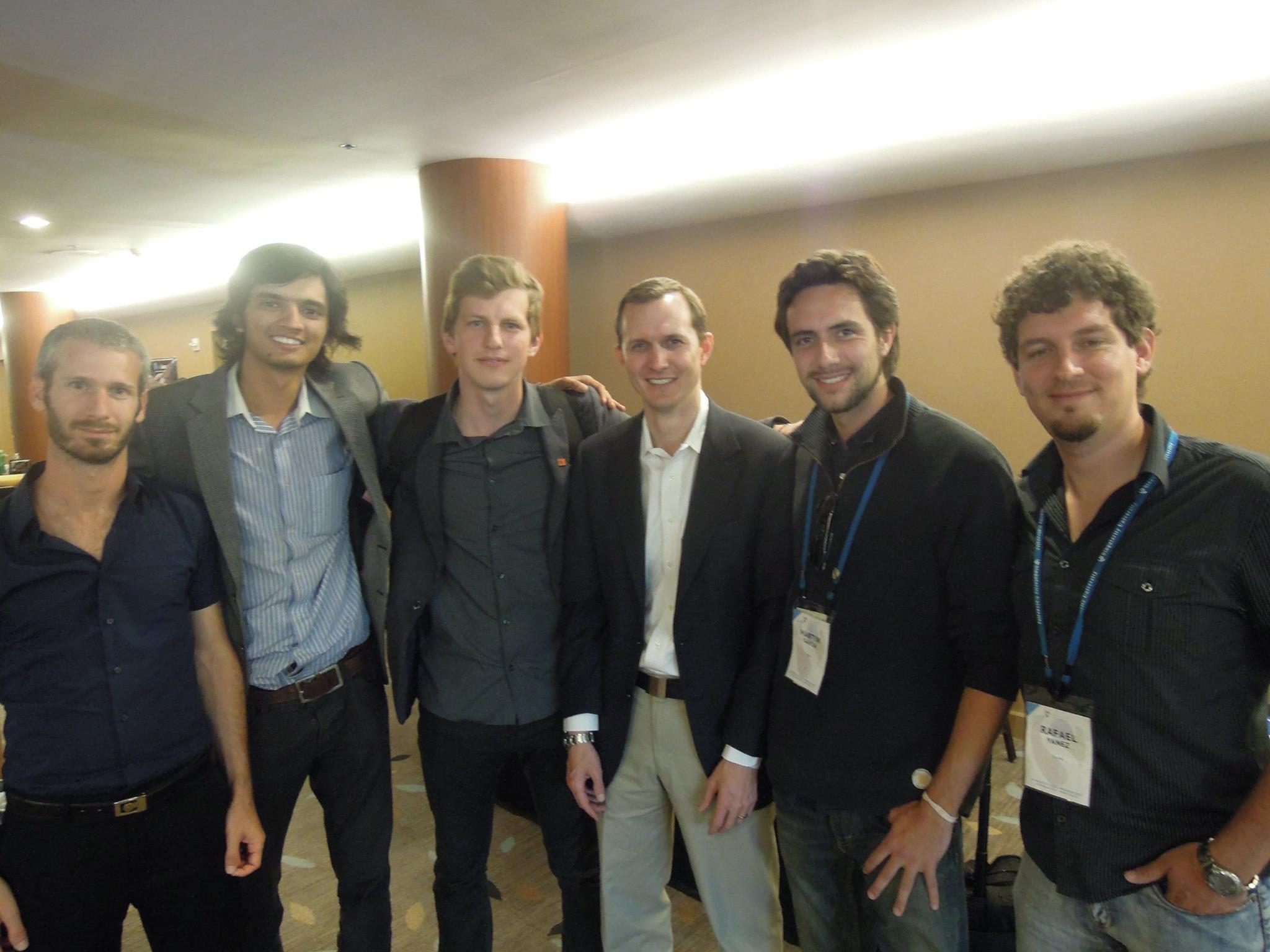 Menshenin and his Singularity University team with George Whitesides, CEO of Virgin Galactic (third from right). Photo: Yaroslav Menshenin // Skoltech.