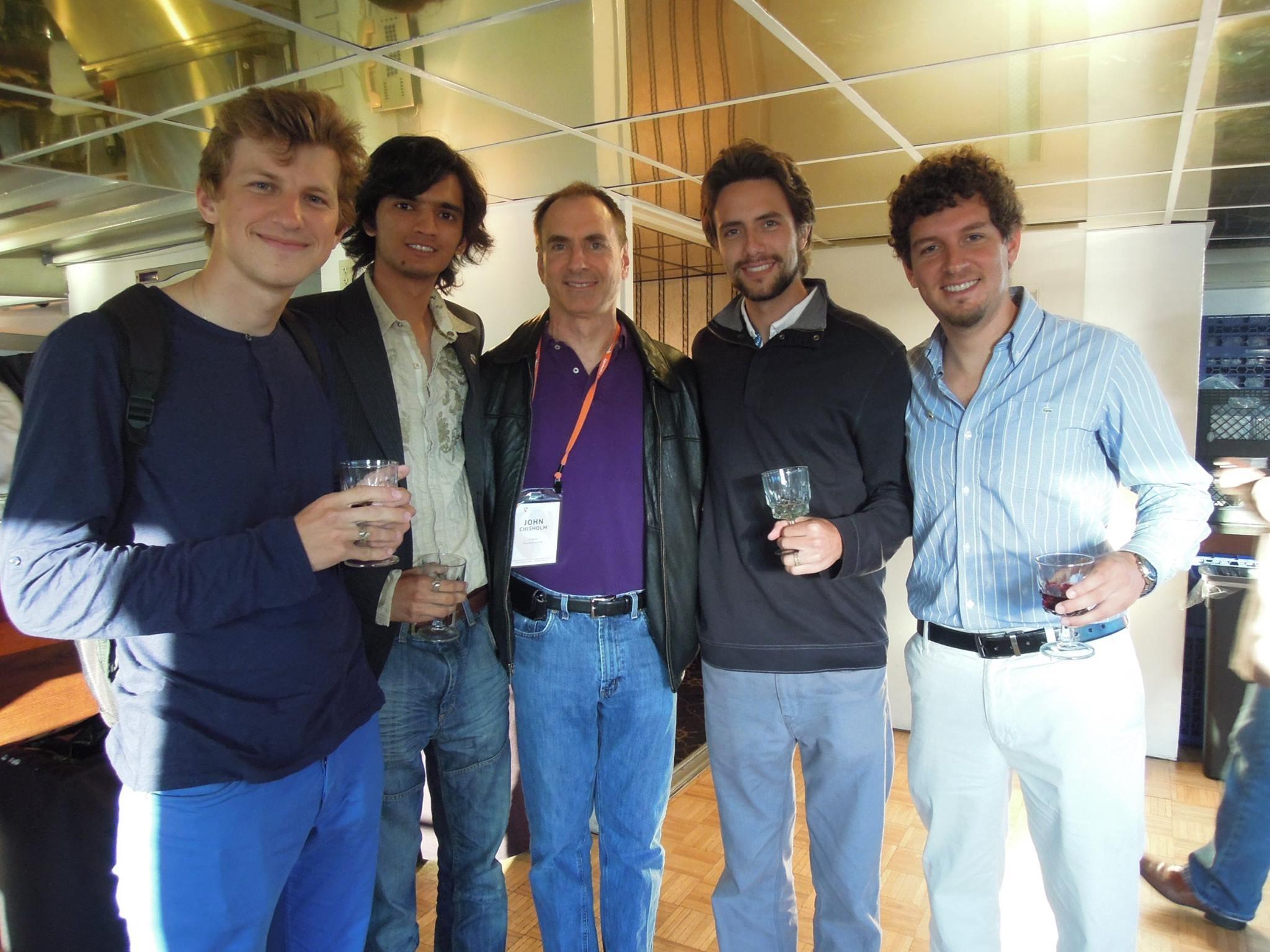 Menshenin and his Singularity University team with John Chisholm, a trustee and former president/chair of the worldwide alumni association of MIT. Photo: Yaroslav Menshenin // Skoltech.