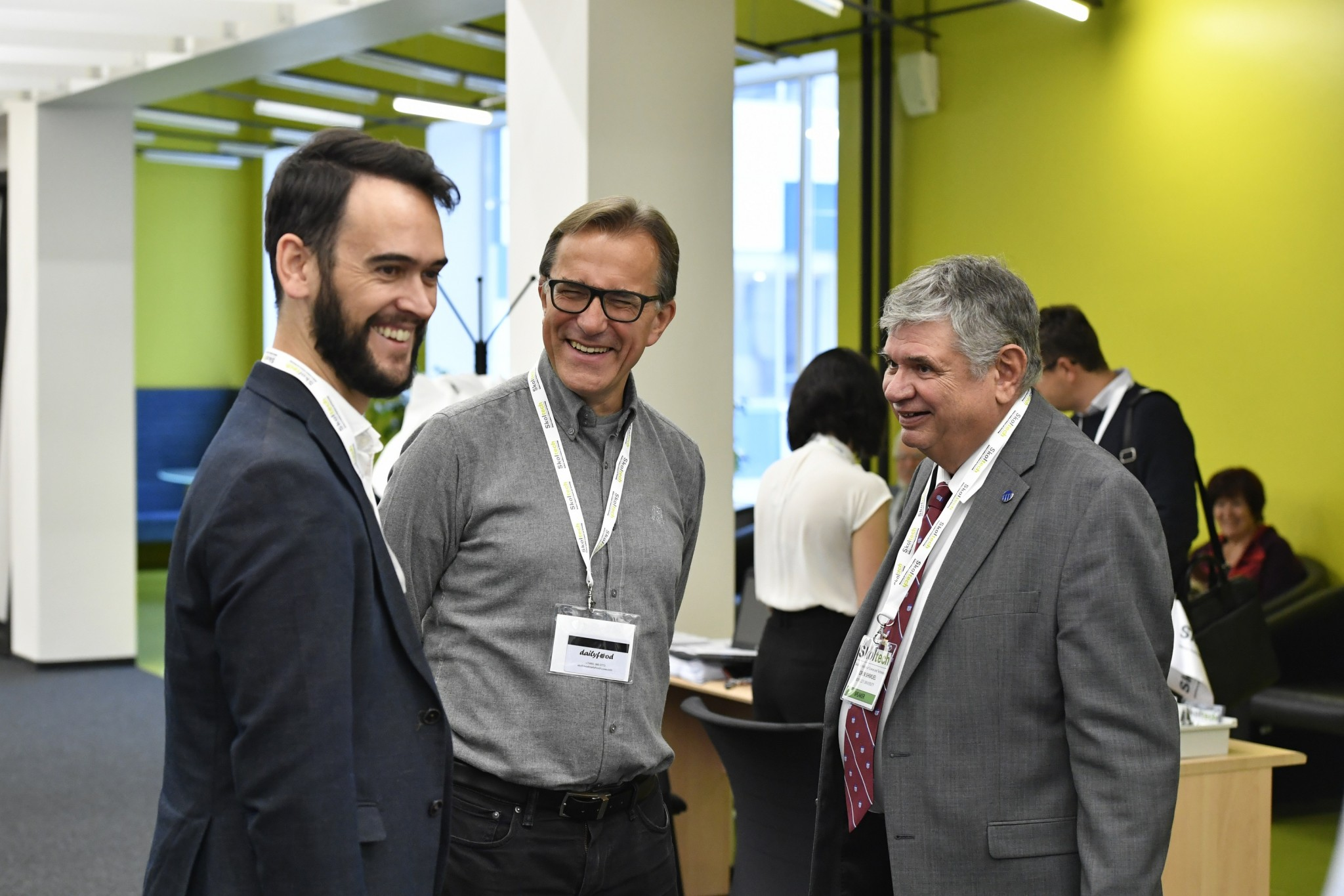 Professors David Pozo and Janusz Bialek (from left) of Skoltech and Professor Shmuel Oren of UC Berkeley (right) share a laugh. Photo: Skoltech.