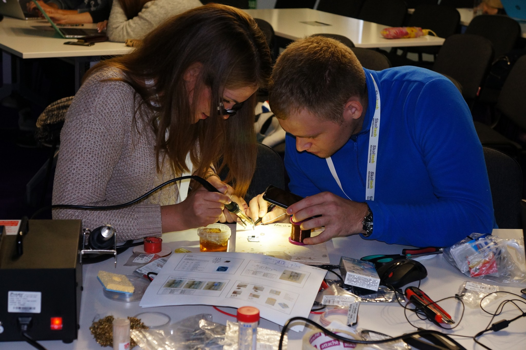 Students work together on a project during Skoltech's annual Innovation Workshop. Photo: Skoltech.