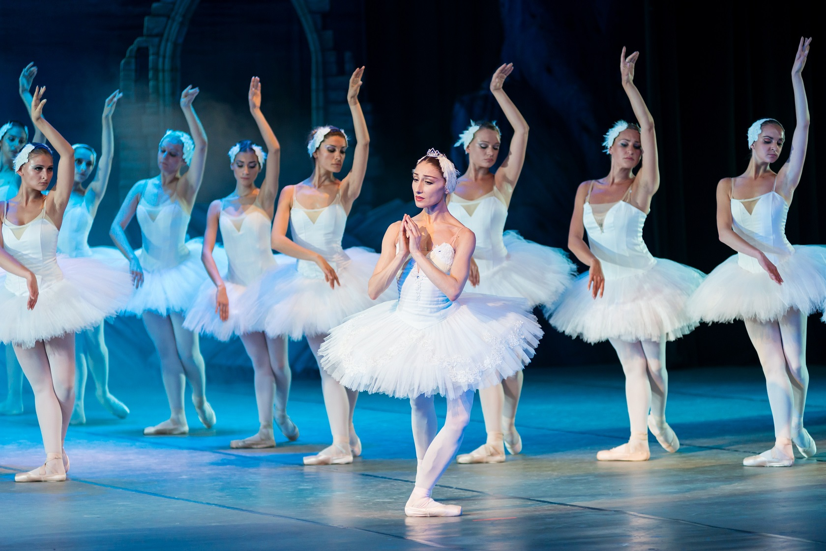 Among the more popular excursions during the course was a night at the ballet, featuring Russian classic Swan Lake. Photo: Public domain.