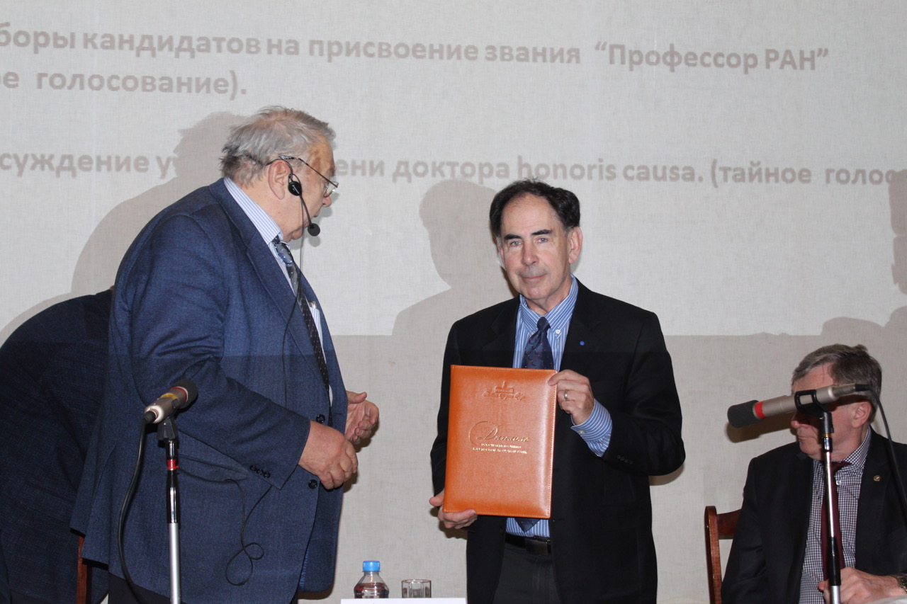 Professor Edward Crawley pictured at the award ceremony hosted by the Russian Academy of Sciences on Wednesday. Photo: Skoltech.