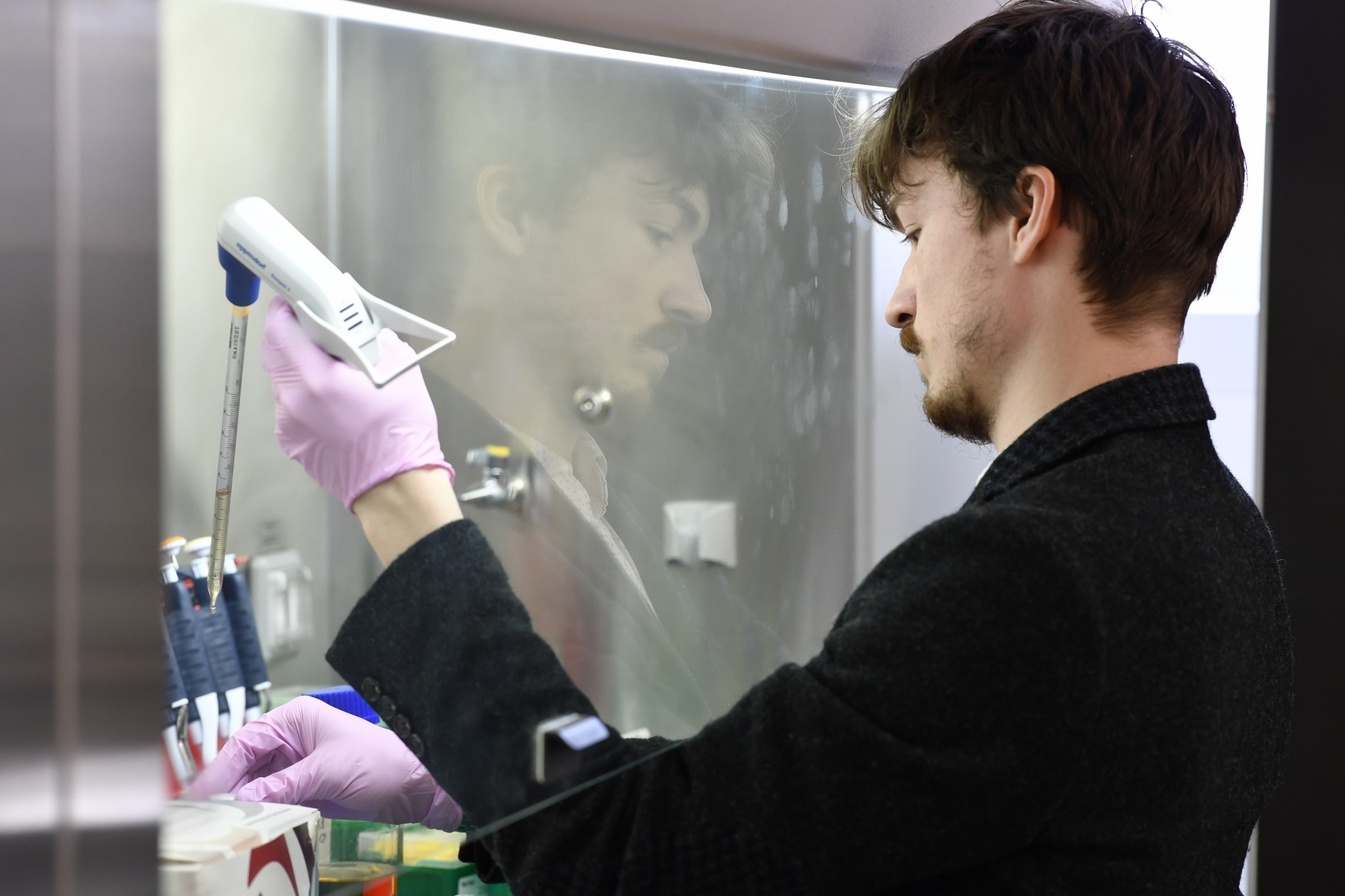 Luis pictured in the lab. Photo: Skoltech.