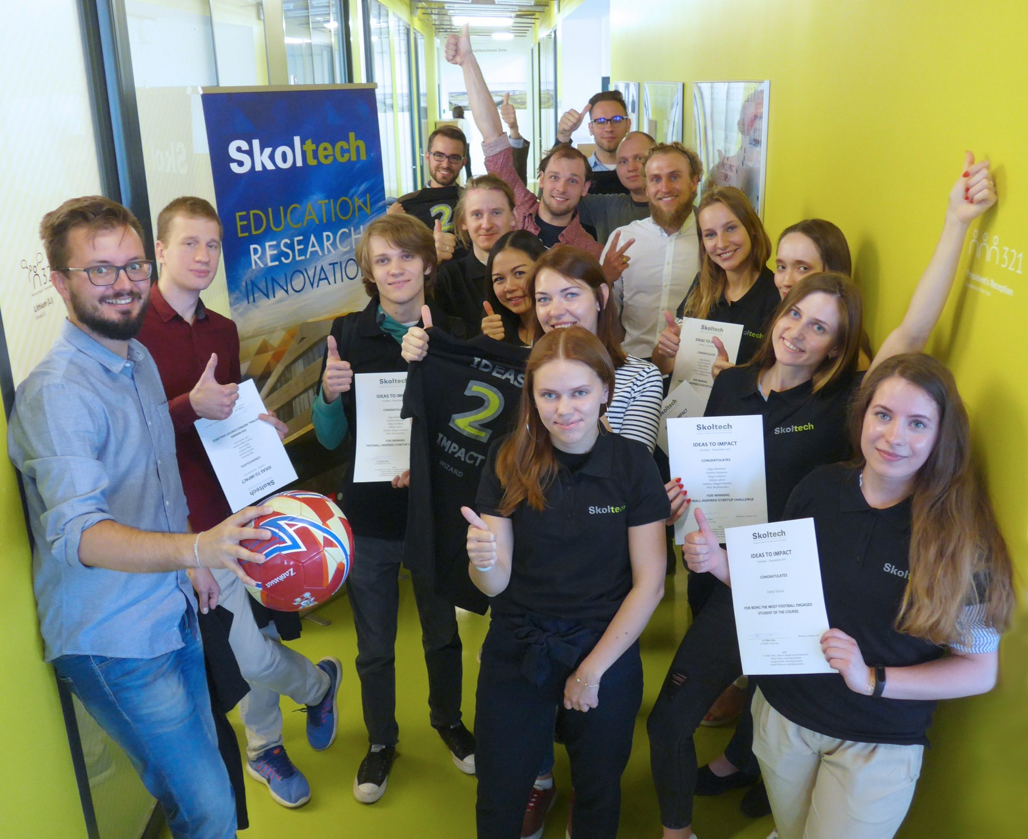 Professor Zeljko Tekic (left) acknowledged numerous students in his Ideas to Impact class for their work on a FIFA World Cup-themed challenge. Photo: Skoltech.