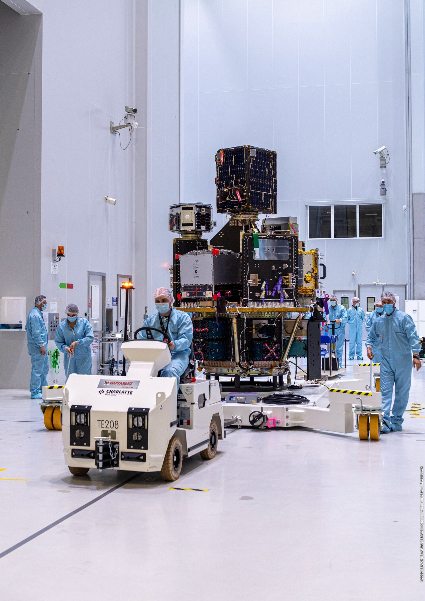 SSMS payload dispenser transfer at Europe's Spaceport