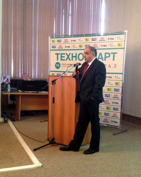Mikhail Myagkov_speaking_in_Ekaterinburg