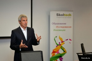 Dr. Sergei K. Krikalev, cosmonaut and space explorer, during a talk with students  and faculty at Skoltech