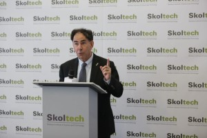 Ed Crawley, reminding Skoltech values for the last time as president.