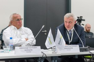 Academician Alexander Kuleshov, Skoltech President (left) and Mikhail Spasyennykh, Director of the Skoltech Research Center for Hydrocarbon Recovery.